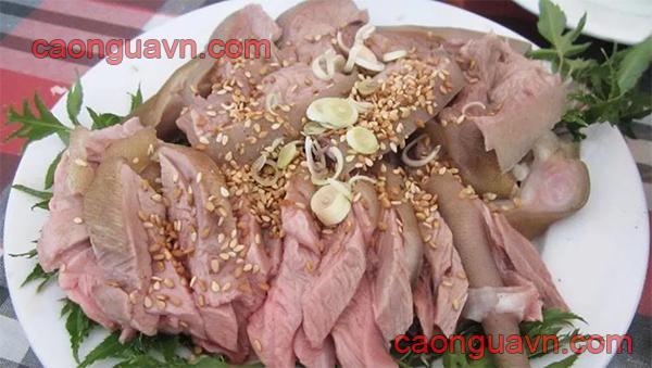 Thịt dê hấp